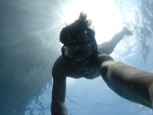 underwater-691415_1920