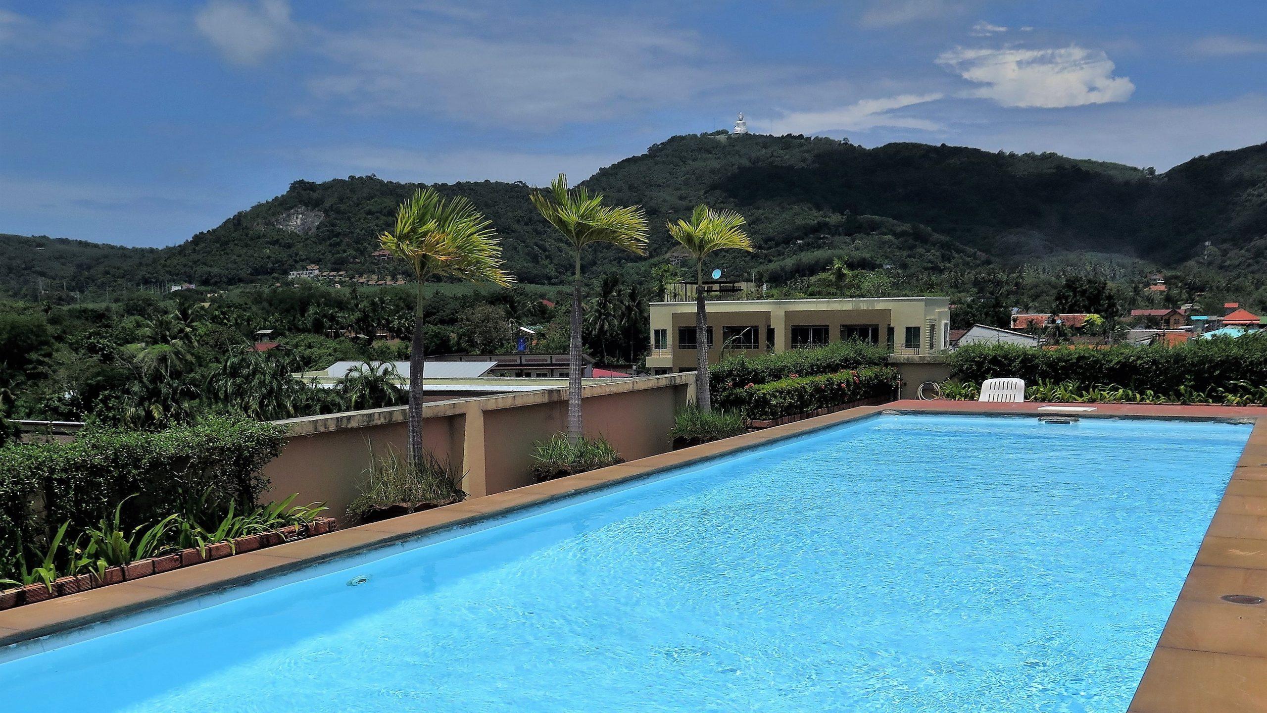 rooftop pool phuket